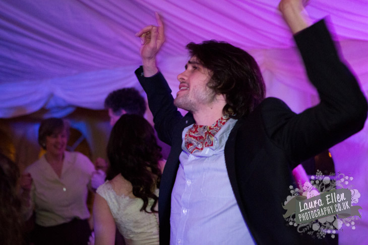 Best Man dancing