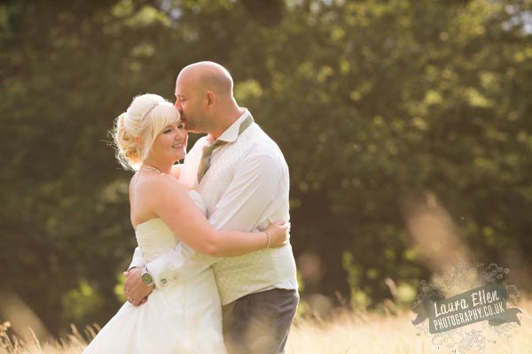Hannah & Lloyd - Laura Ellen Photography-87