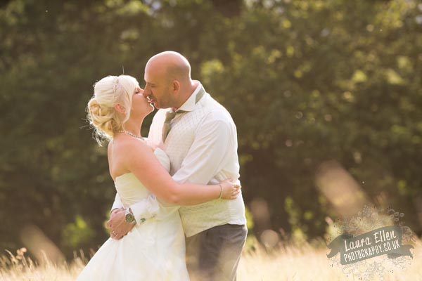 Hannah & Lloyd - Laura Ellen Photography-88