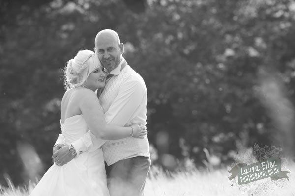 Hannah & Lloyd - Laura Ellen Photography-89