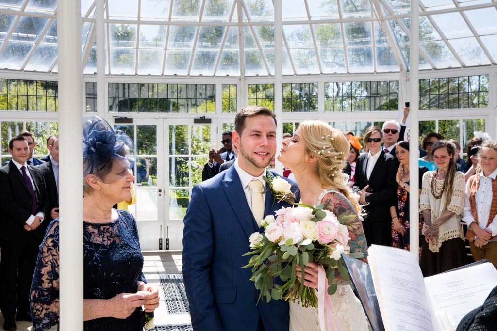 wedding guests at Chiswick House and gardens