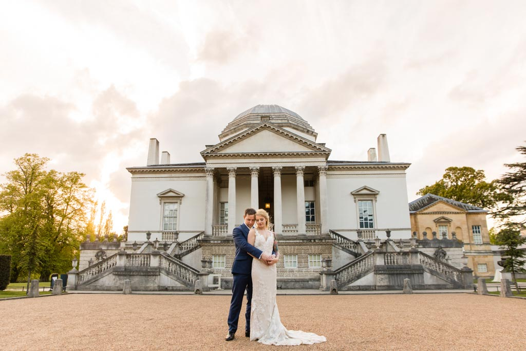 London wedding day portraits at Chiswick House and Gardens